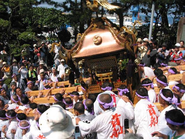 Kibune Matsuri (boat float festival), Manazuru Town, Kanagawa