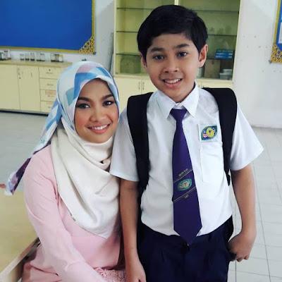 Drama Nana Dan Jam Atok ( TV3)