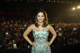 Actress Sunny Leone Pictures in Shoulderless Dress at LoveLand 2016 Concert  0007.jpg