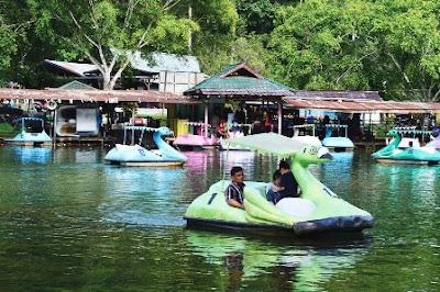 http://www.wisatakalimantan.com/2016/07/kebun-raya-unmul-samarinda-kalimantan-timur.html