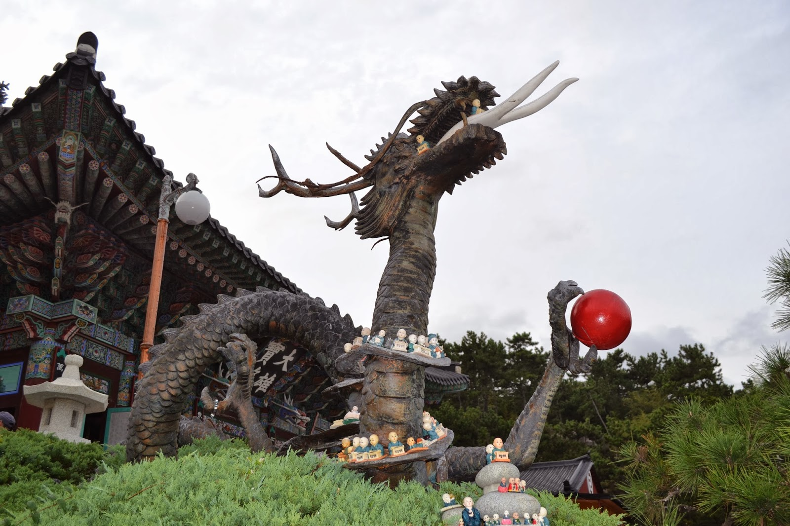 Giant Dragon Statue Kelli In Japan Haedong Yonggungsa Temple 해동 용궁사 Busan