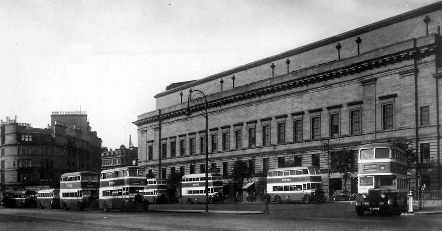 Tour Scotland: Old Photograph Shore Terrace Bus Station