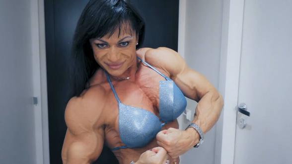 Clip female bodybuilder women with muscle + Flexible girl