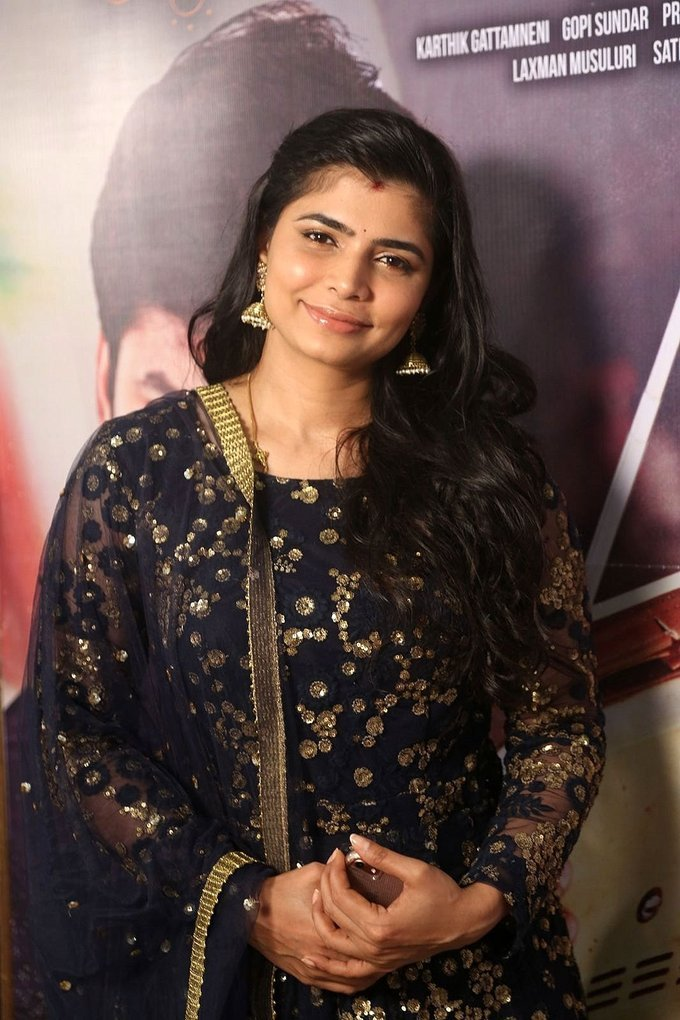 Chinmayi Sripaada at Ninnu Kori Pre Release Function Stills