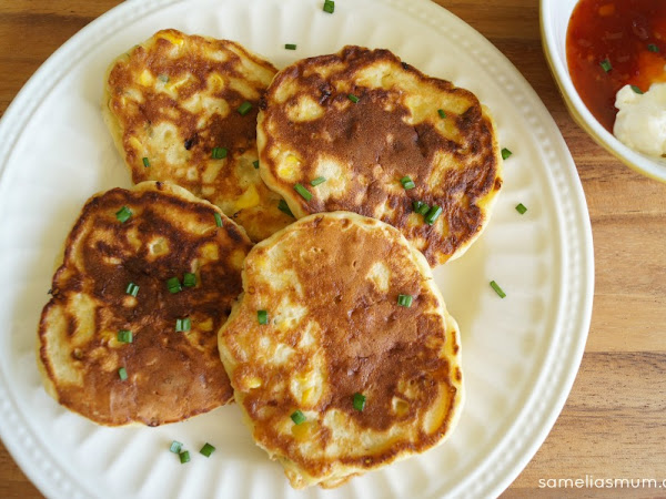 FOOD: Cheesy Corn Fritters {Kids in the Kitchen}