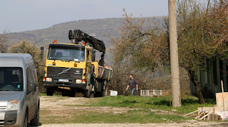 The lorry arrives on the property