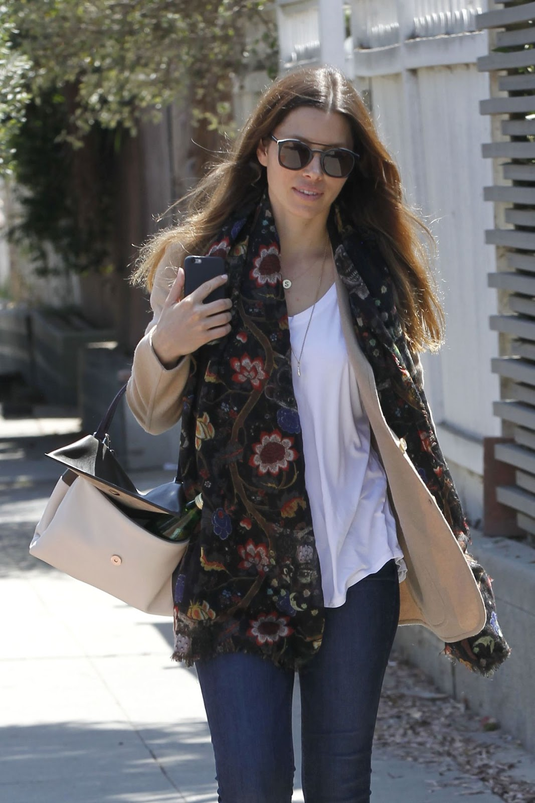 Jessica Biel Out In Venice Beach