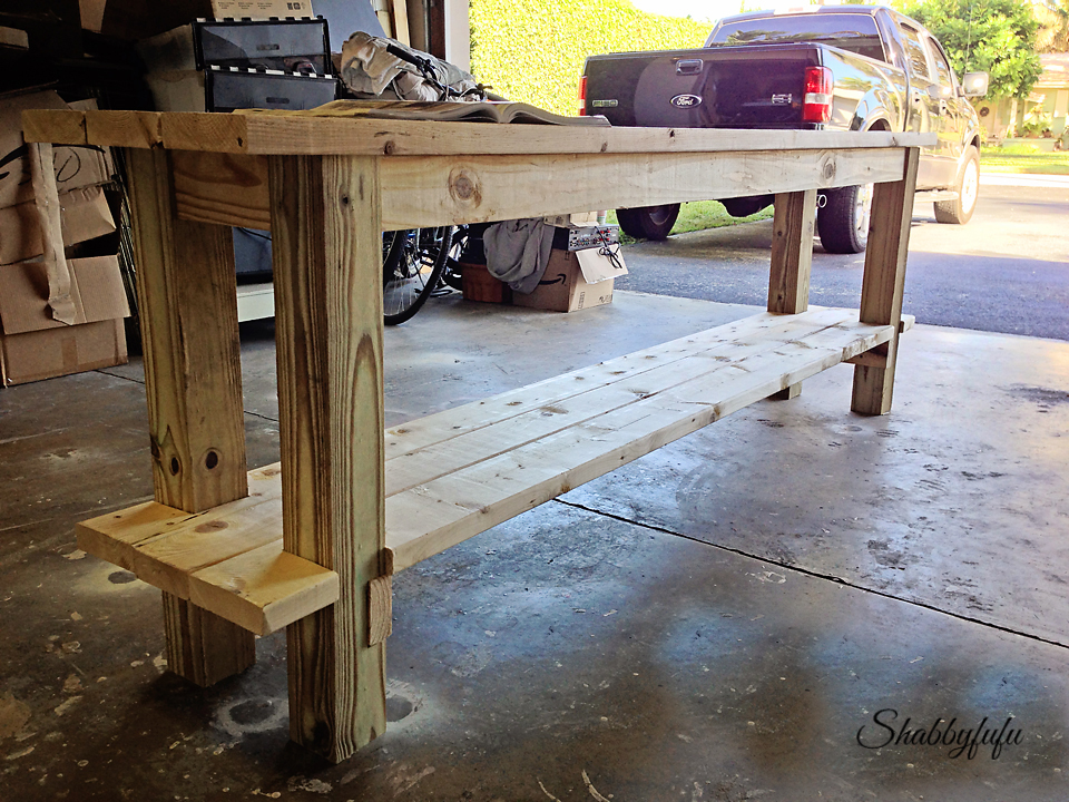 How To Easily Build And Paint A Table With No Nails Shabbyfufucom - Building a farm table