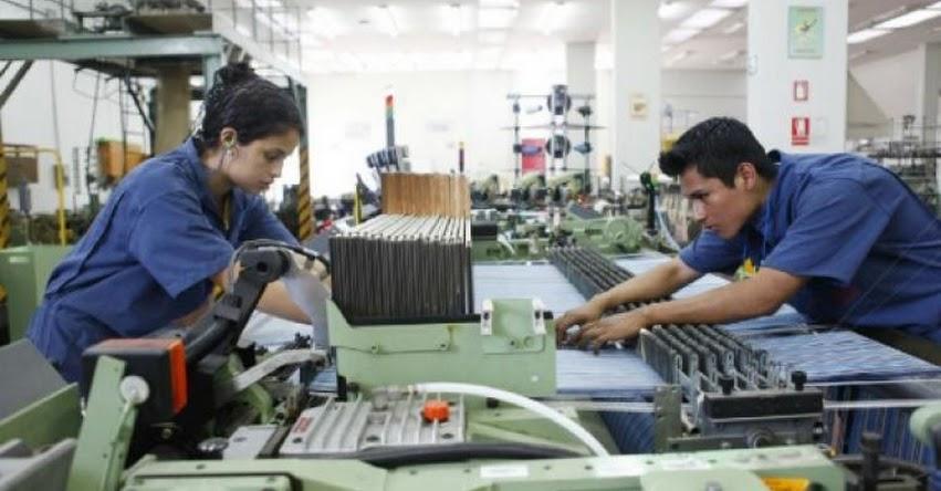 Congreso aprobó nueva modalidad formativa laboral para estudiantes que no son remuneradas