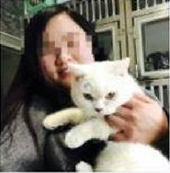 After Refund Was Rejected This Chinese Pet Owner Skins Her Cat and Leaves It Outside the Pet Shop!