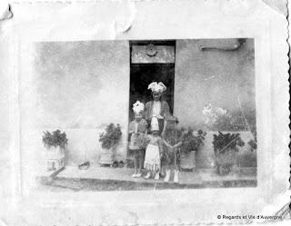 Ancienne Photo de famille noir et blanc, Auvergne