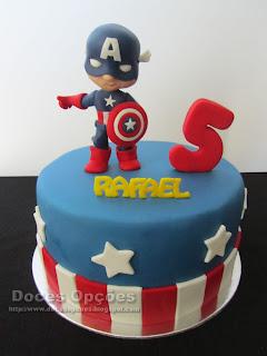 O Capitão América no 5º aniversário do Rafael