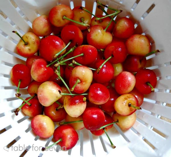 Rainier Cherry Crumble