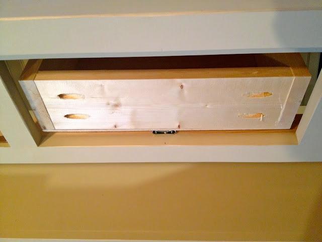 installing drawer using center mount glides