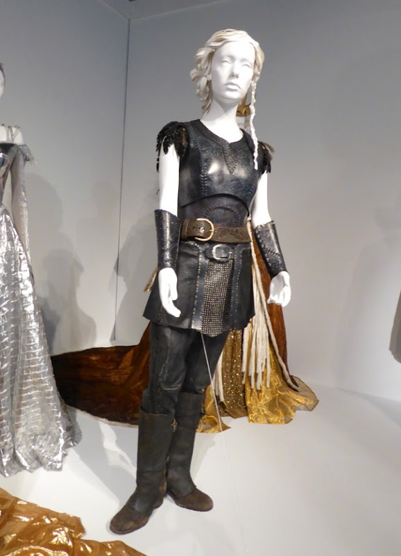 Jessica Chastain Huntsman Winters War Sara film costume