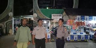 Wow...Tawasulan di Makam Syeh Quro Semalam di Jaga Ketat Polisi