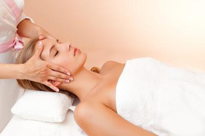 3 phương pháp xoa bóp bấm huyệt chữa mất ngủ mãn tính