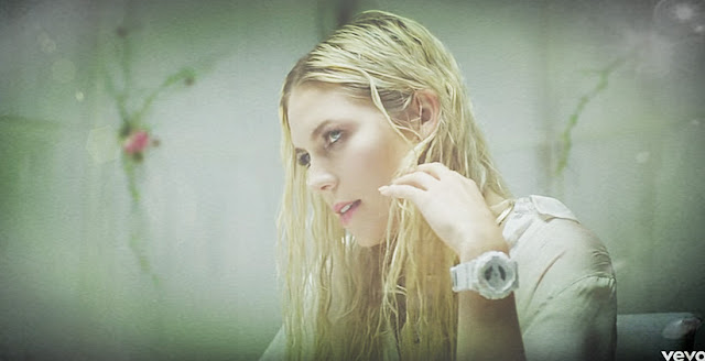 Come Up For Air by. Skylar Grey - Lyrics & Video