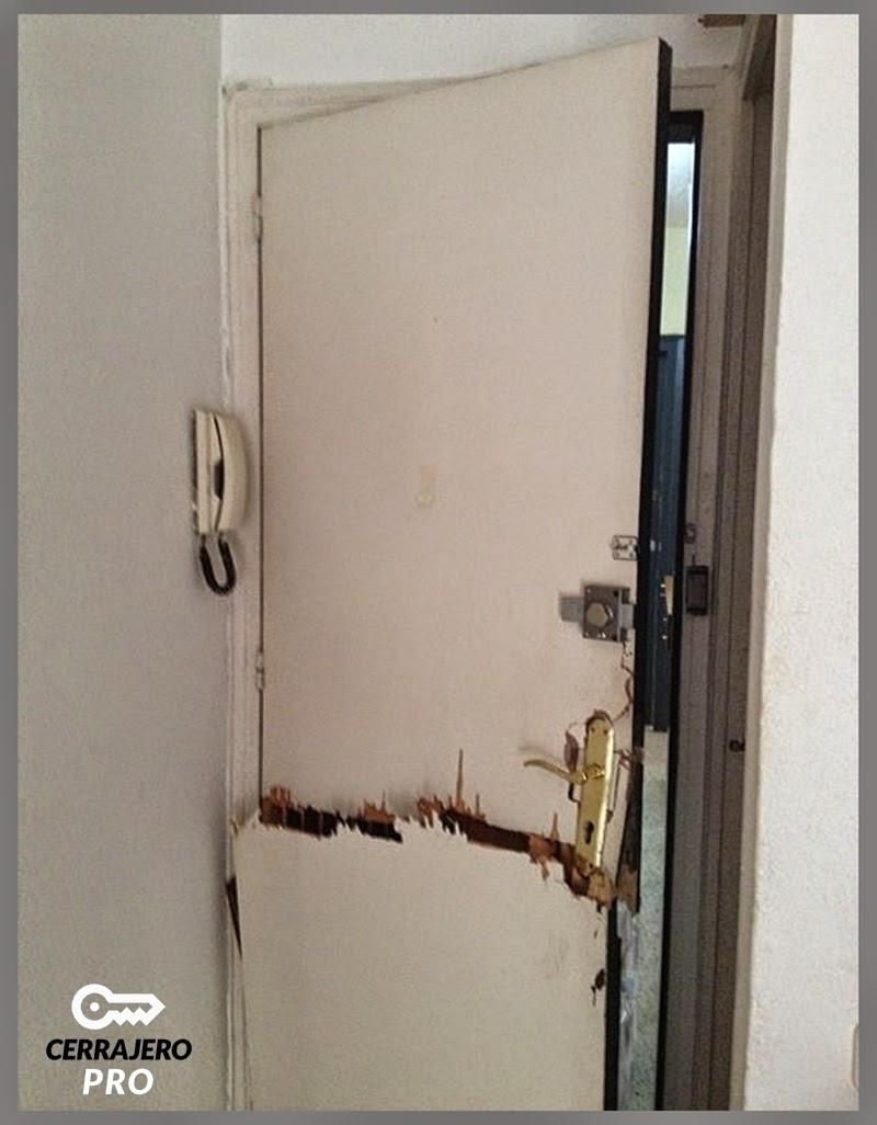 Cerraduras de seguridad versus puertas blindadas en barcelona for Como blindar una puerta