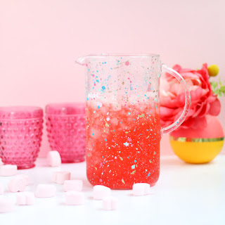http://www.akailochiclife.com/2017/02/diy-it-splatter-painted-drink-pitcher.html