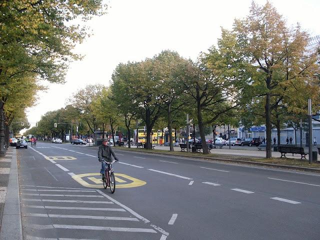 Ruas e Calçadas de Berlim