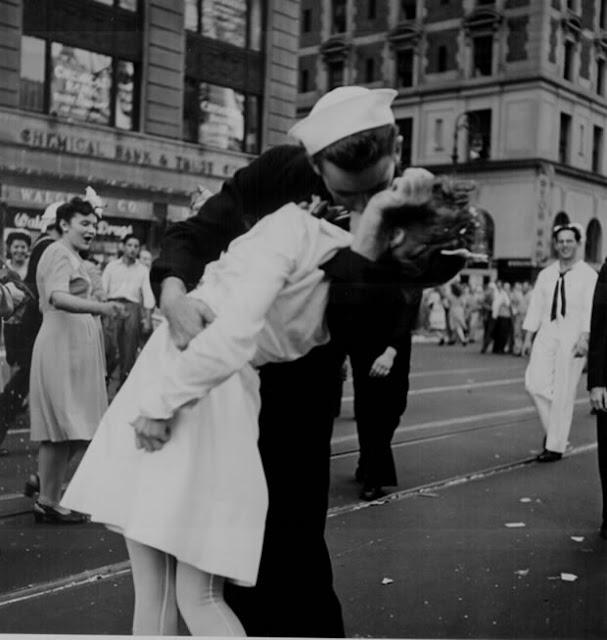 Foto do beijo da Times Square