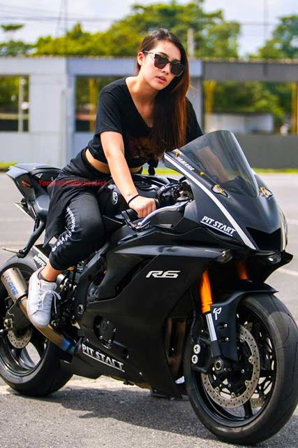 Coolest Bikers Girls