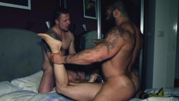 Rogan Richards, Gabriel Fisk, Russ Magnus – House Fuck ,Part 2 (Bareback)