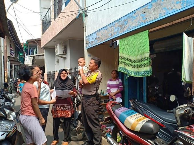 Polsek Tanah Abang Lakukan Giat Anjangsana Kamtibmas Dan Pendataan Rumah Kos bersama Ibu ketua RT 04/ 02