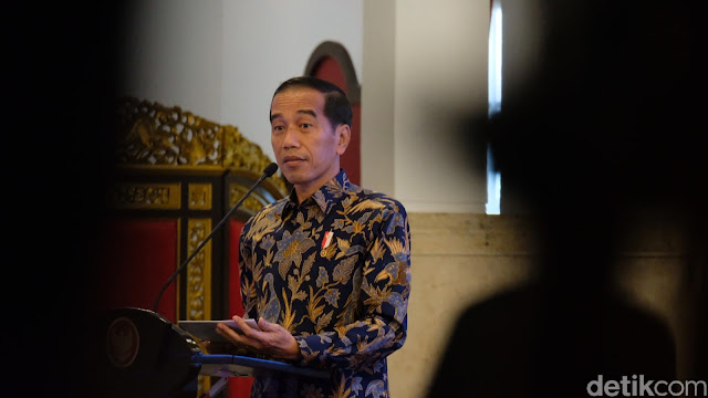 Jokowi Tarik Ulur Pembebasan Ba'asyir