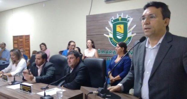 Câmara Municipal de Apodi empossa José Maria como prefeito
