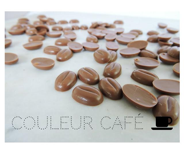 Couleur café grains de café en chocolat
