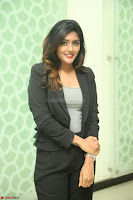 Actress Eesha Looks gorgeous in Blazer and T Shirt at Ami Tumi success meet ~  Exclusive 016.JPG