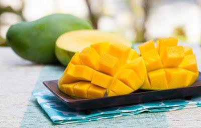 Khasiat dan Nutrisi Menyehatkan dari Buah Mangga