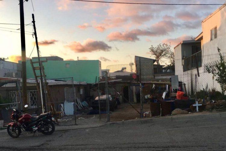 Ataque armado en Tijuana deja cinco ejecutados y una mujer herida