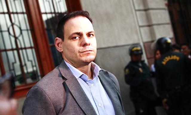 Ordenan impedimento de salida del país contra Mark Vito Villanella