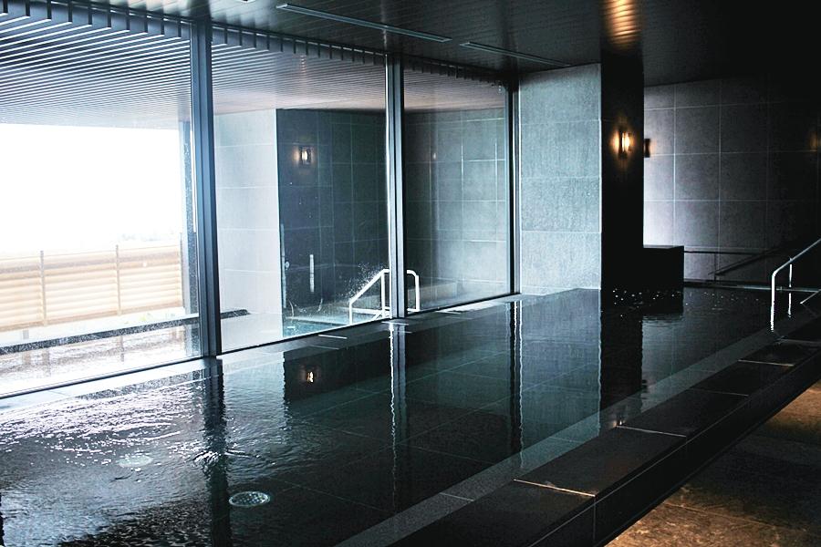 onsen hot spring japan