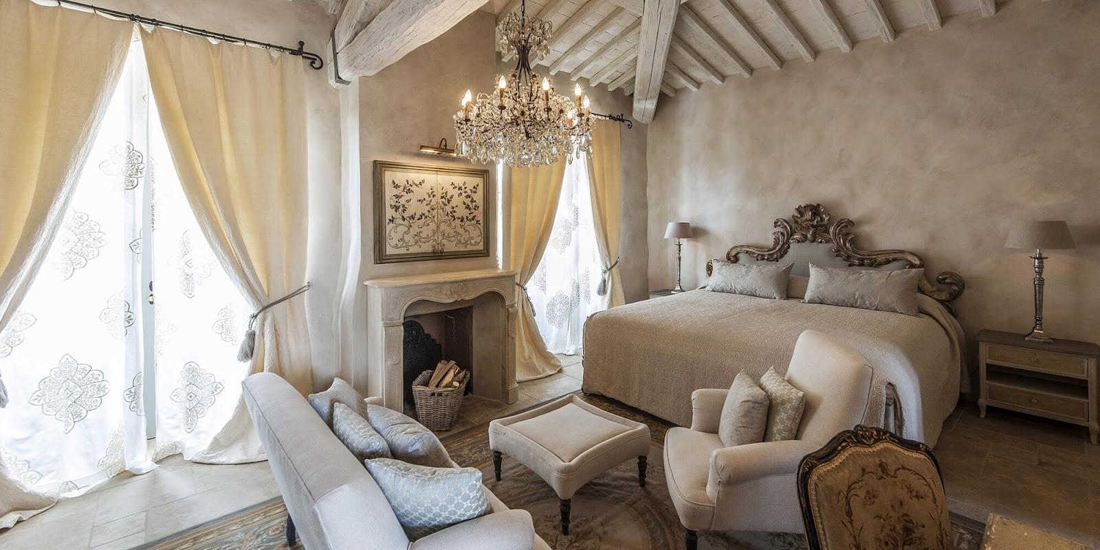 Breathtaking suite at of the Italian villa Borgo Santo Pietro - found on Hello Lovely Studio