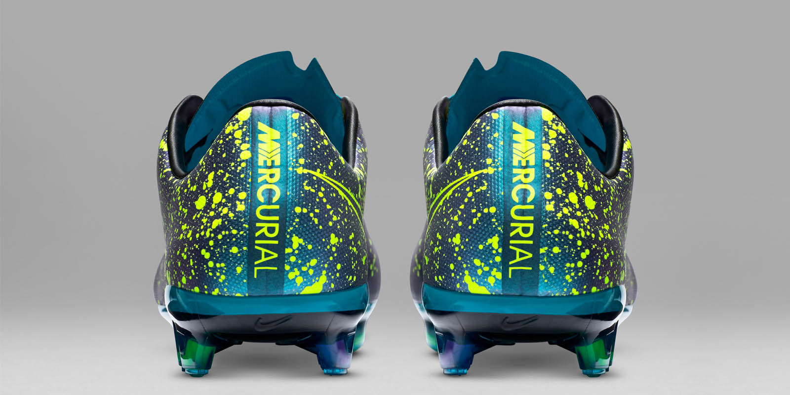 f551f3099f0fb ... Mercurial Vapor X Football Boots kick-off the 2015-2016 season in a  stunning way for the Nike Mercurial Boot silo, combining a blue base with  striking ...