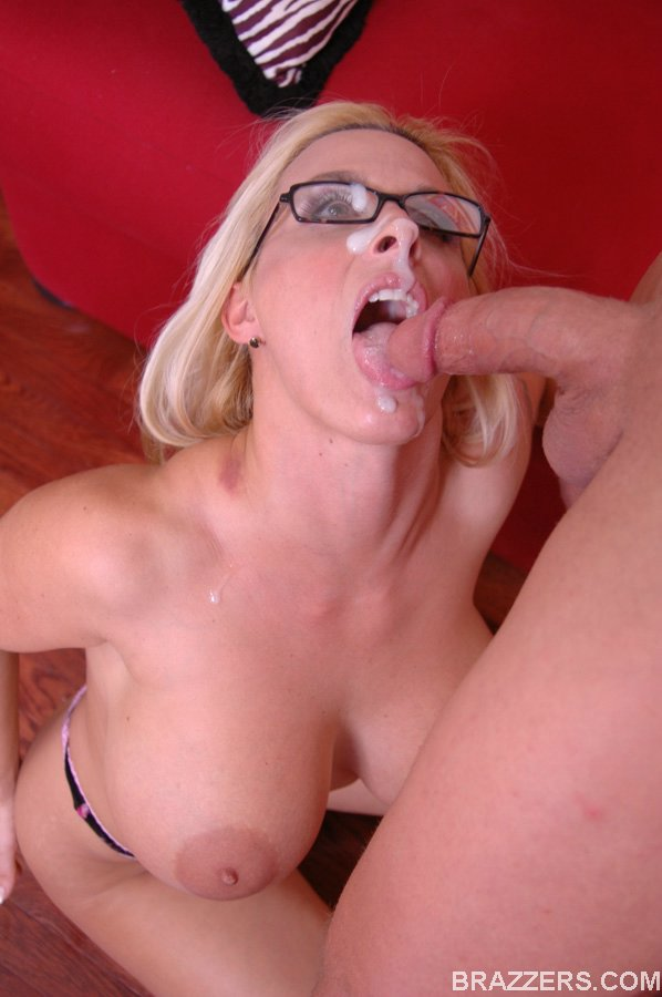 Holly-Halston-%3A-Milf-IRS-Officer-is-going-to-seize-with-her-38DD-tits-%23%23BRAZZERS-q6vw7jiqfc.jpg