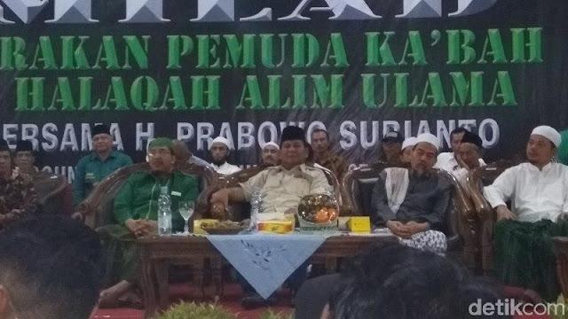 Gus Wafi' Putra Mbah Moen Masuk Barisan Pendukung Prabowo-Sandi