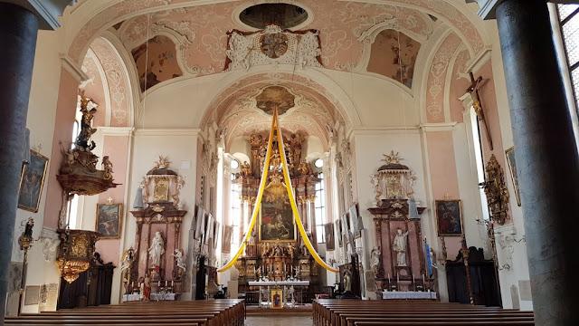 Ellingen - Pfarrkirche St.-Georg innen
