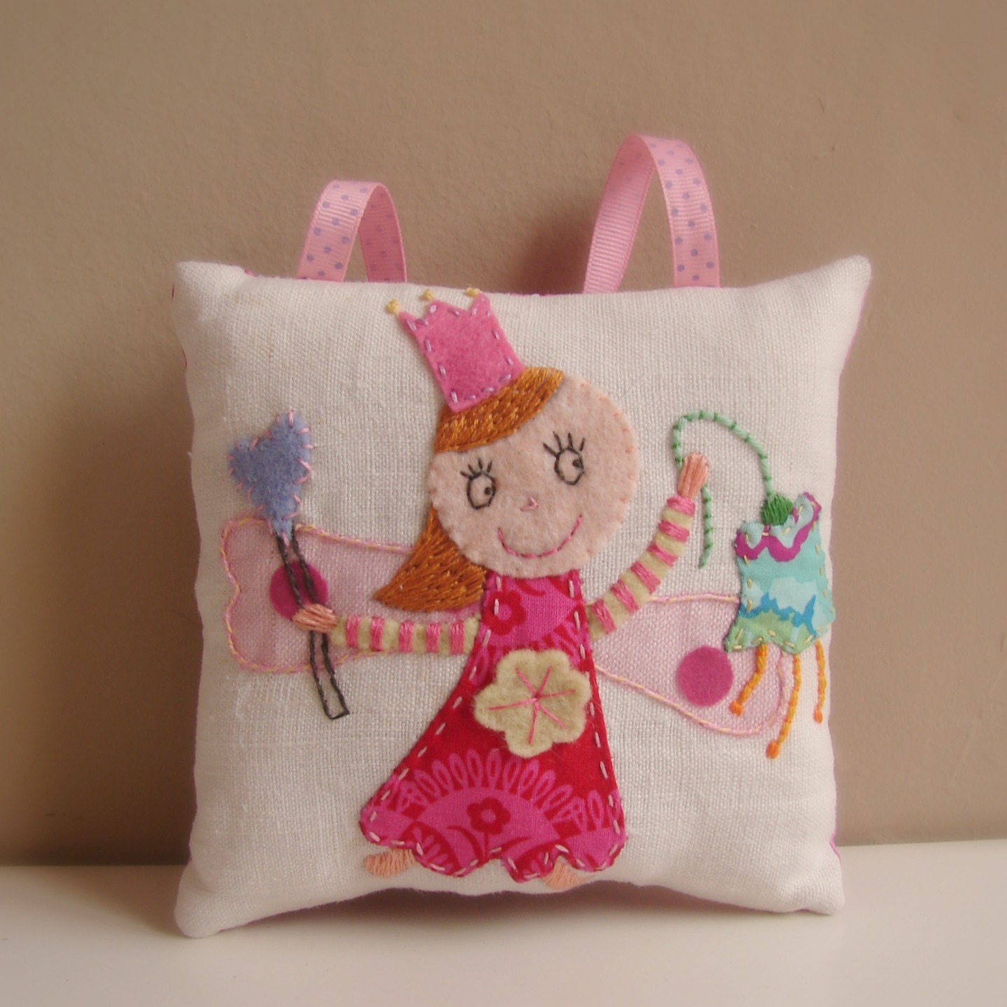 Roxy Creations: Tooth fairy pillows