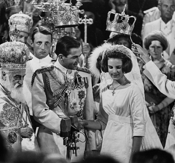 Resultado de imagen de Constantino II de Grecia coronación