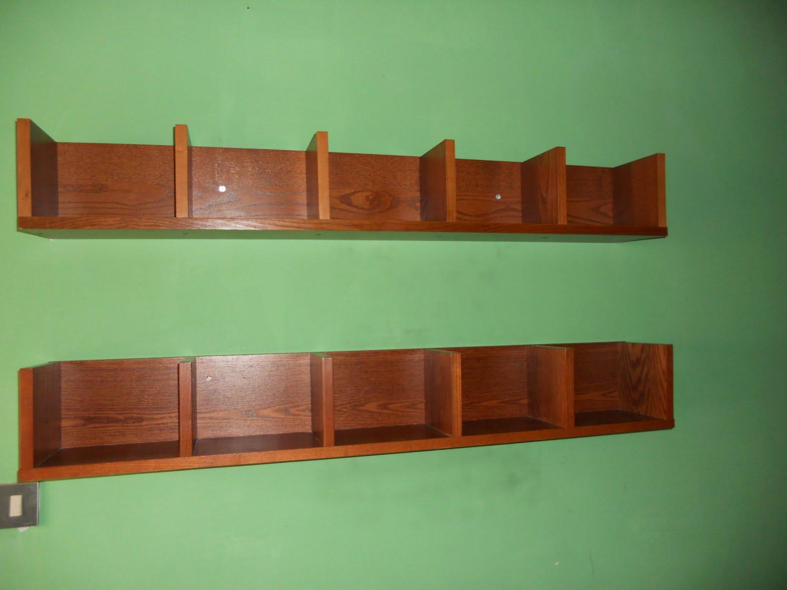 Mensole Porta Cd Ikea.Qui Trasloco Consegnato Porta Cd A Mensola Benno Ikea Colore