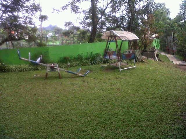 VILLA DISEWAKAN DIPUNCAK FASILITAS BILYARD DAN KOLAM RENANG - VILLA 0135