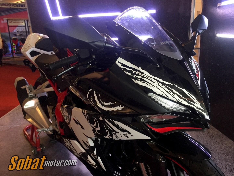 Honda Sport Motoshow 2017 : Lihat lebih dekat All New CBR 250RR Special Edition Kabuki, asli ganteng sob !
