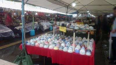 大陶器市の売り場(柏の葉)