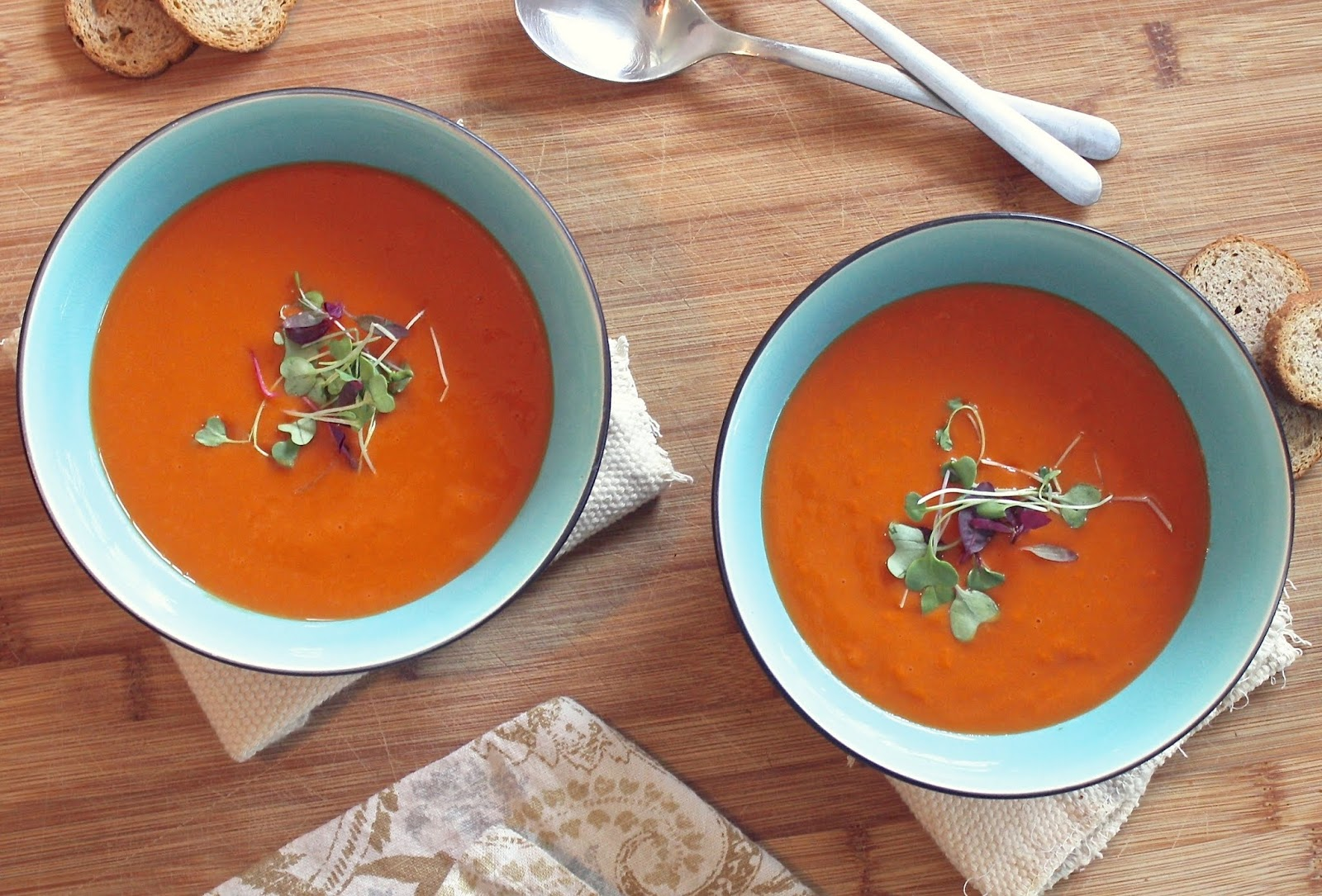 Vegan Cream of Tomato Soup