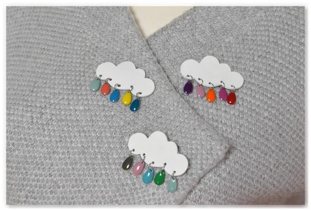prototypes de broches nuages et gouttes multicolores